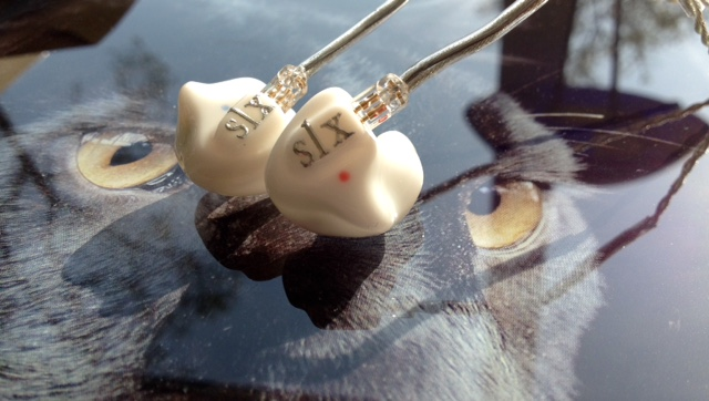EAR-MONITOR-SLX1